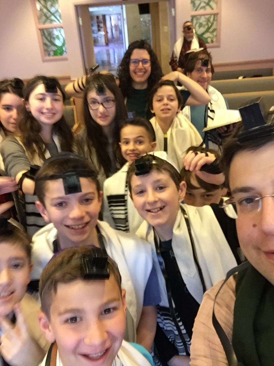 USCJ Youth Tefillin